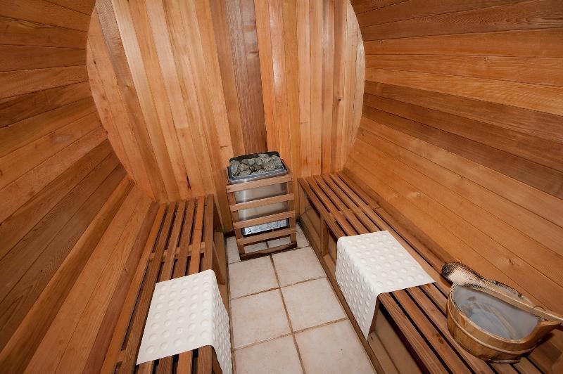 Sharedl Sauna