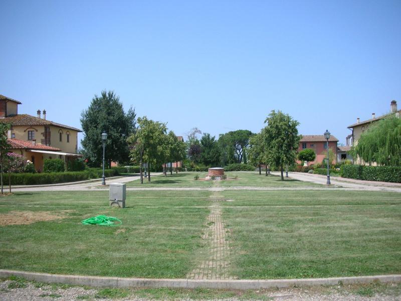 piazza villaggio