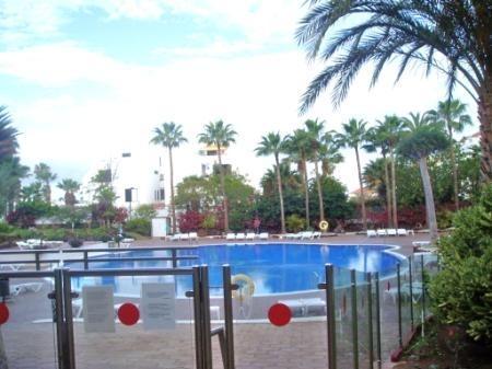 pool at eldorado