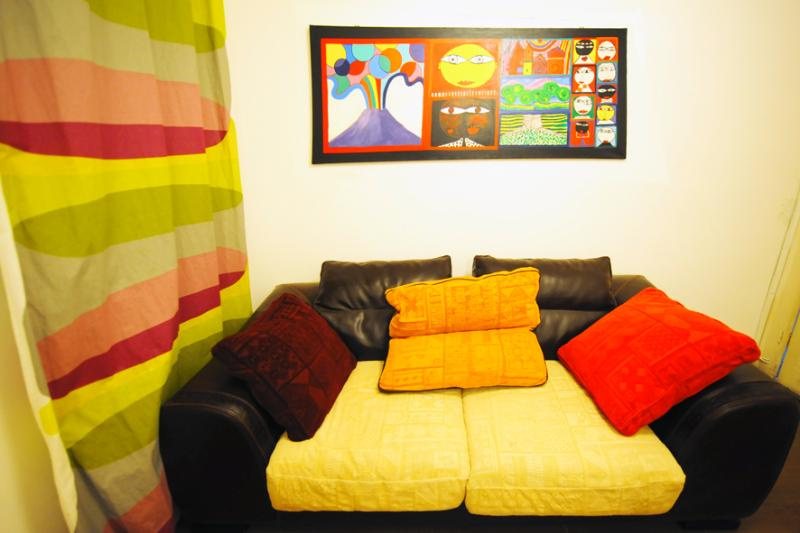 Dectail TV room