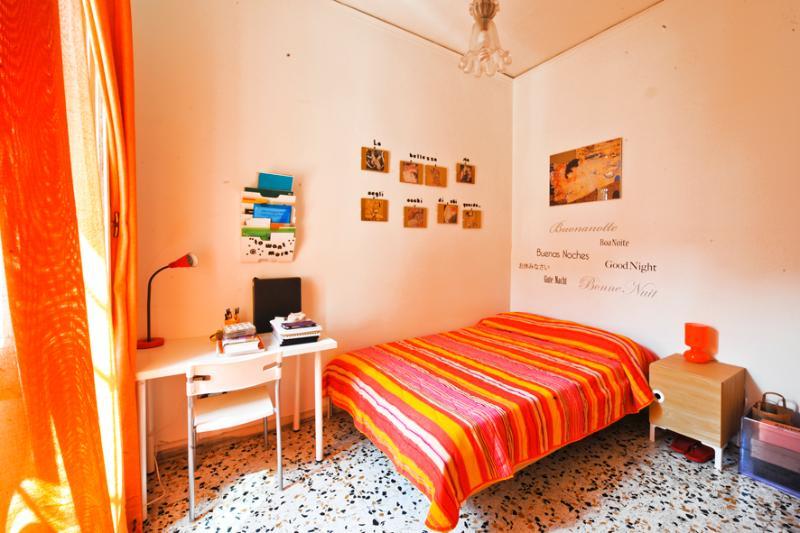 B&B Rossonapoletano Orange, vacation rental in Panza