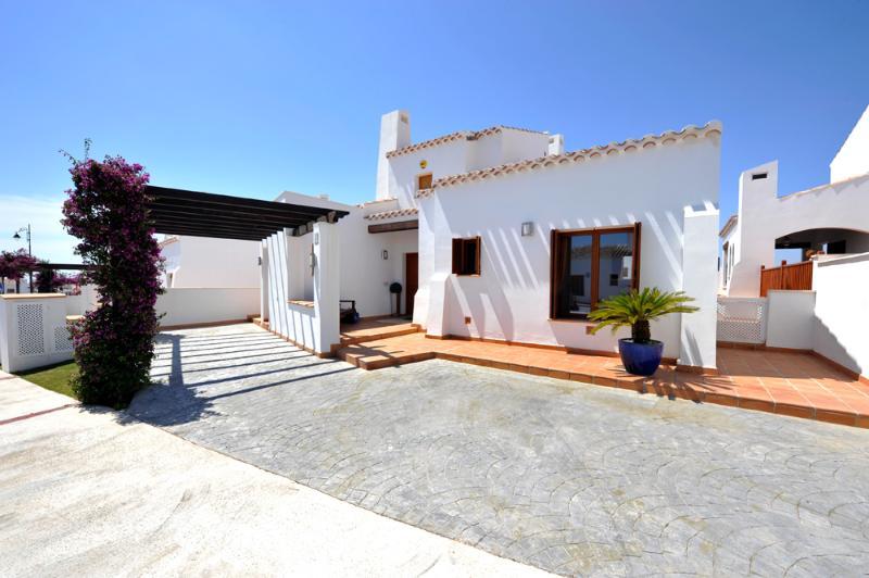 Luxury fontline villa