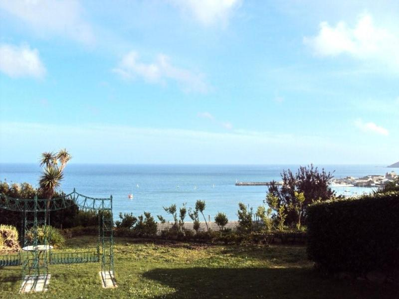 Use of private Large garden with 180 degrees sea and Harbour views