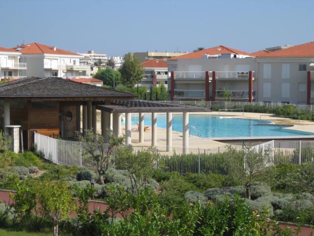 Juan Flore and pool