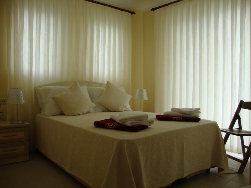 Double ensuite bedroom 1