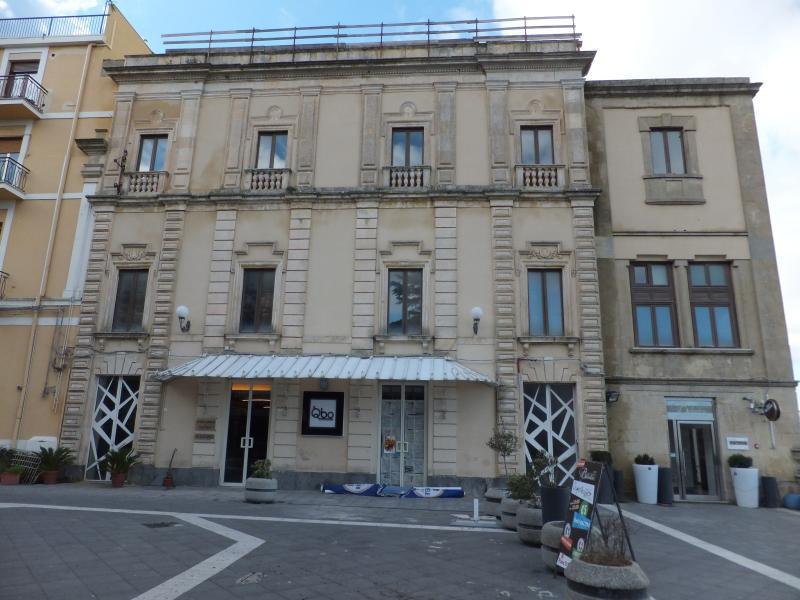 UNA CASA AL BELVEDERE Rosso, alquiler vacacional en Nicosia