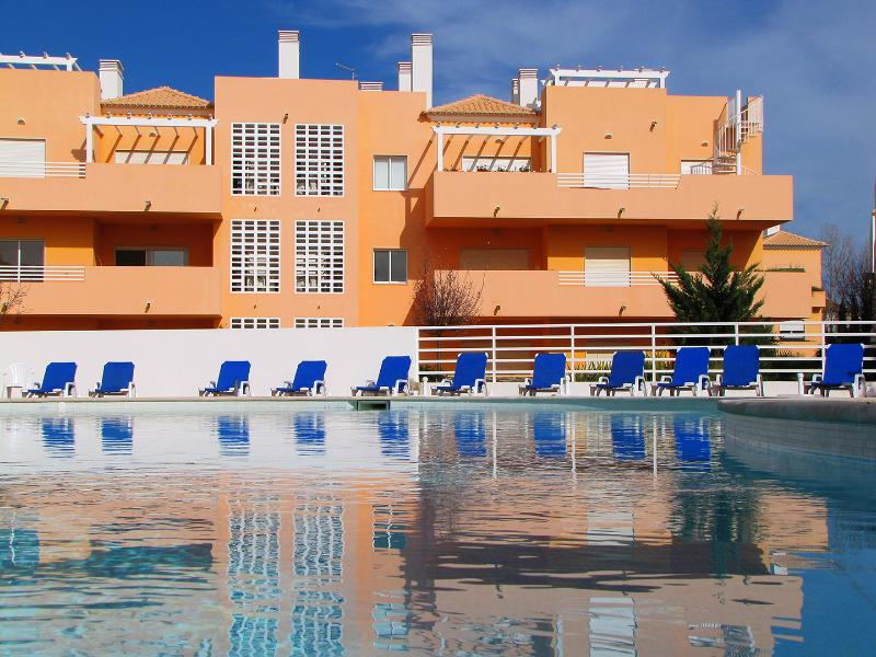 Lovely large swimming pool that's child friendly and set in lush gardens