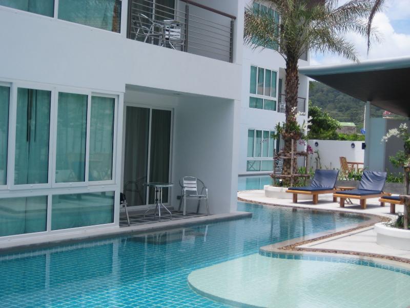 Piano terra Appartamento piscina