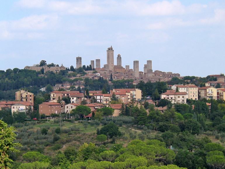 Podere il Pino is just 10 mins. from San Gimignano
