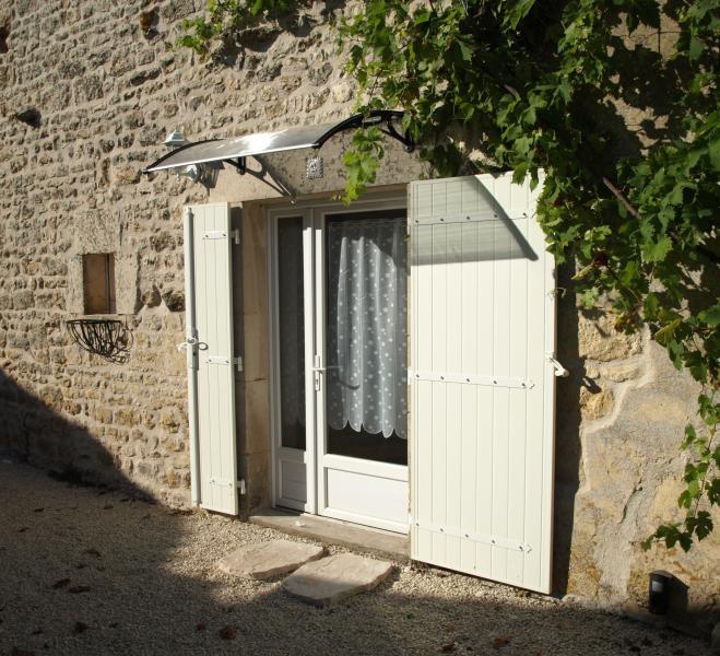 Le Bois de l Eglise. Gite 2. The Storeroom, holiday rental in La Foret de Tesse