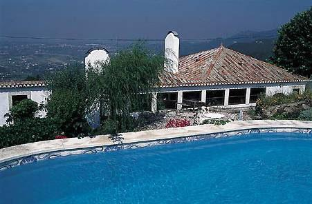CASA NO AR Lisbon's Atlantic beaches and Sintra, holiday rental in Colares