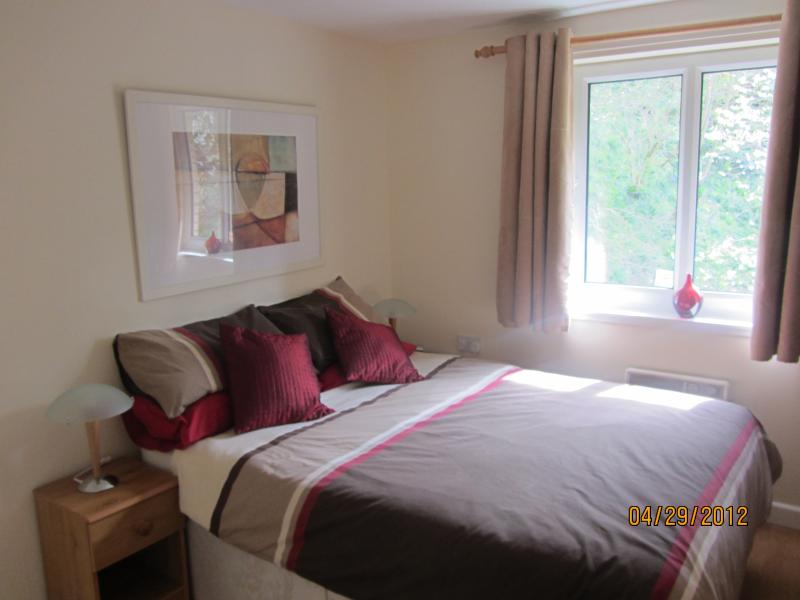 Double Room- Has a double wardrobe and large 6 drawer chest of drawers.