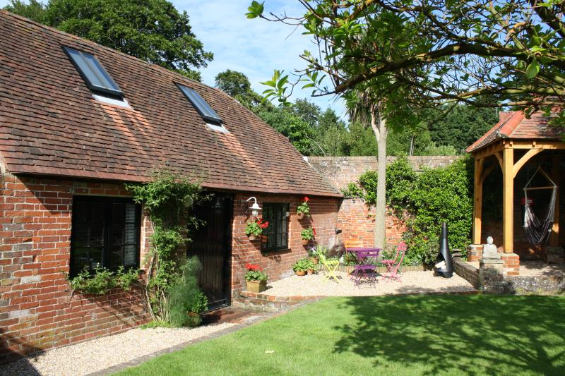 The Coach House near Emsworth, holiday rental in Woodmancote