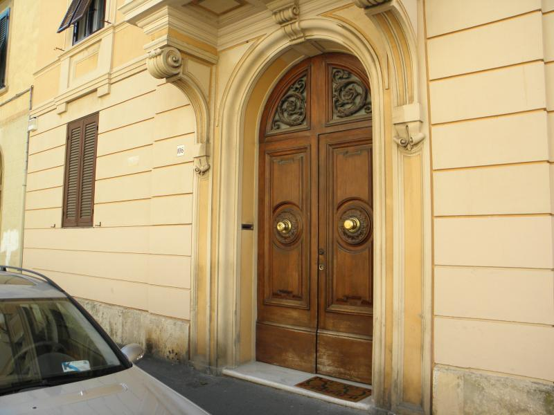 Villa door