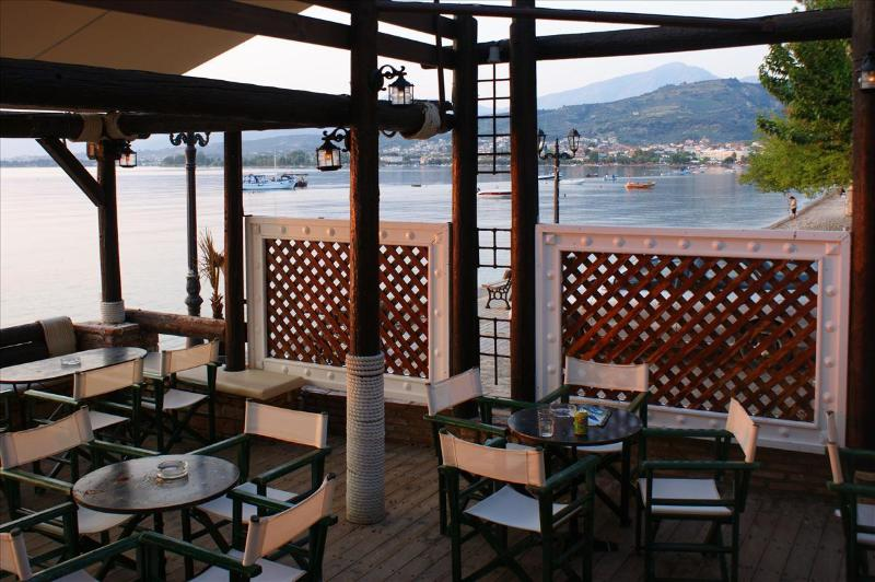 Seaside coffee-bar with wonderfull view to the beach of Longos