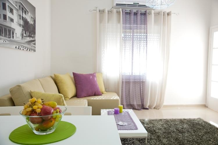 Eshkol Housing Serviced Apartment Carmel Center, vakantiewoning in Haifa