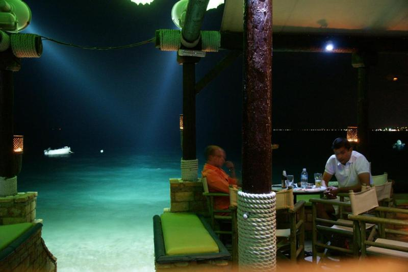 Beach-bar in the night, in Longos, 400 m from Harmony