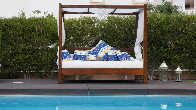 New Day Bed