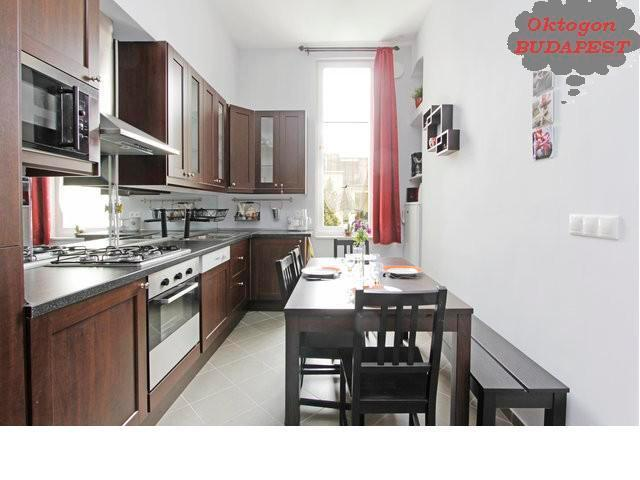 Fully equipped kitchen for 10 people
