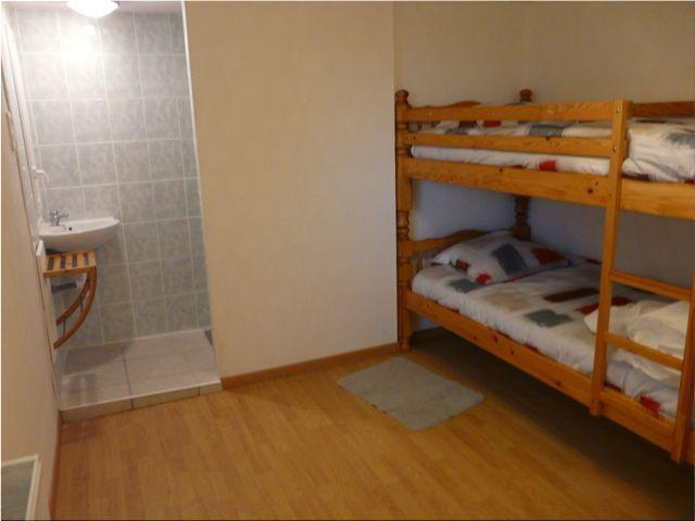 lits superposés et accès 2eme douche