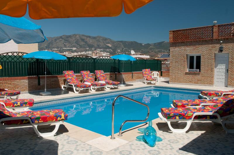 Atico's fabulous, newly  refurbished pool, FOR YOUR USE ONLY. With loo,shower and mountain view