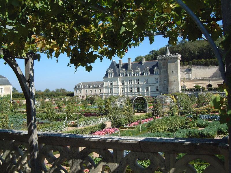 Villandry - célèbre pour ses jardins.