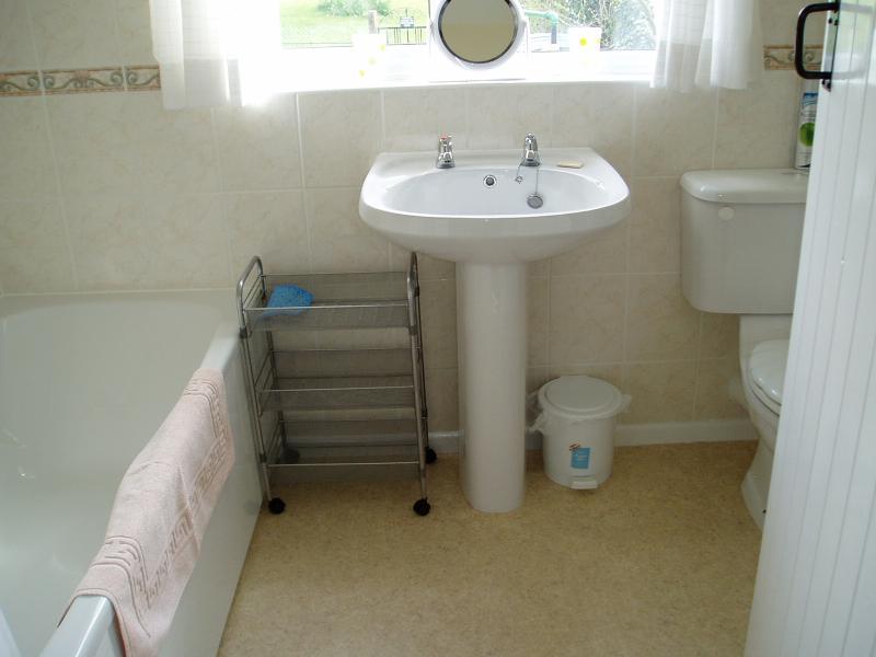 Salle de bain - douche sur baignoire