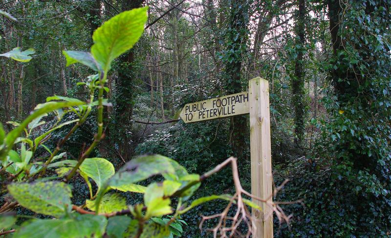 ... or just 2 mins wander through the woods to restaurants and pubs (what better way!) ...