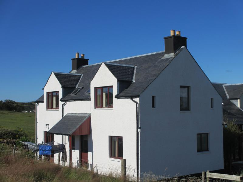 Gamekeepers Cottage 4 star Tobermory, holiday rental in Tobermory