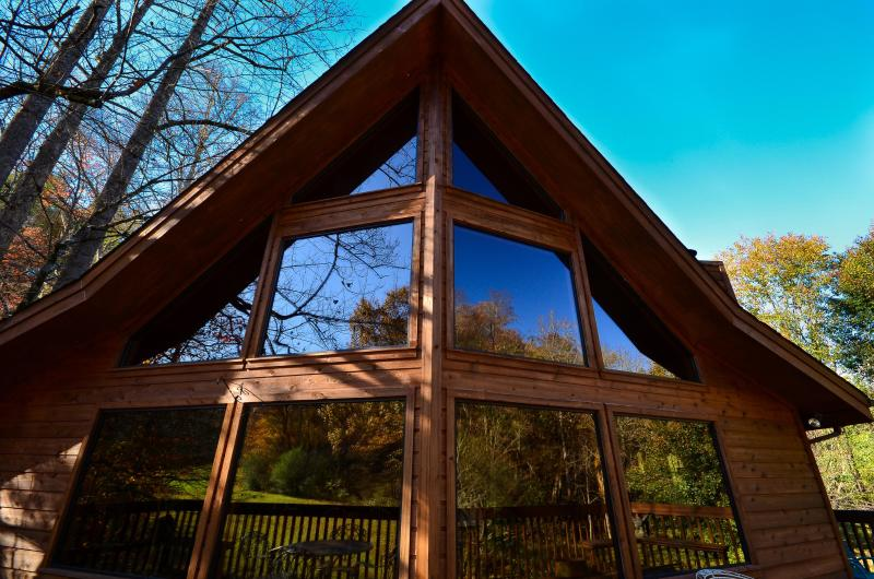 Owl's Hoot Chalet, holiday rental in Townsend