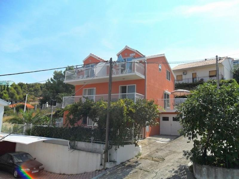 Villa Ciovo, apartments near Trogir