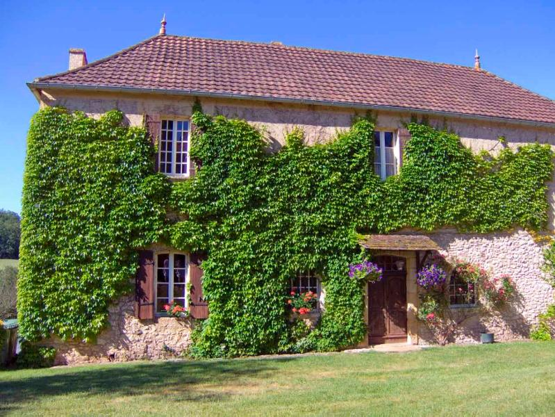 Le Manoir, holiday rental in Pressignac-Vicq