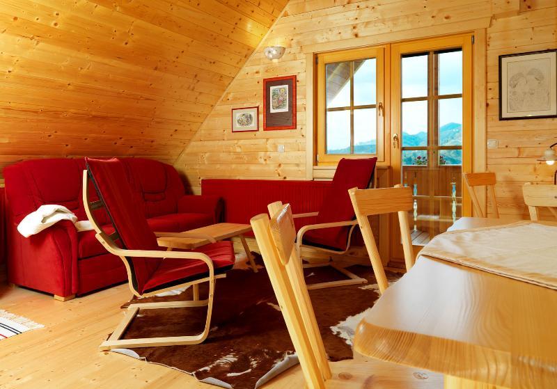 APARTMENTS PIRC RED, location de vacances à Smarje Pri Jelsah