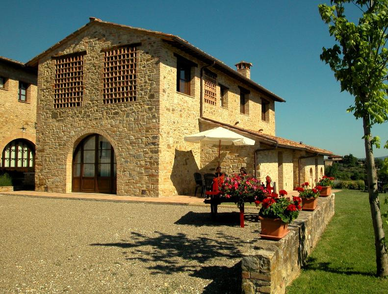 Agriturismo Podere Sertofano - apt J, vakantiewoning in Barberino Val d'Elsa