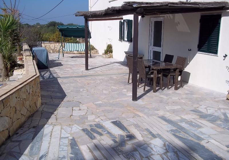 Sun shade on the terrace