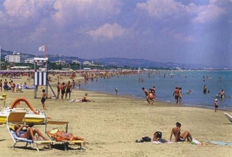 Spiaggia di Giulianova, un famoso centro balneare della costa adriatica.