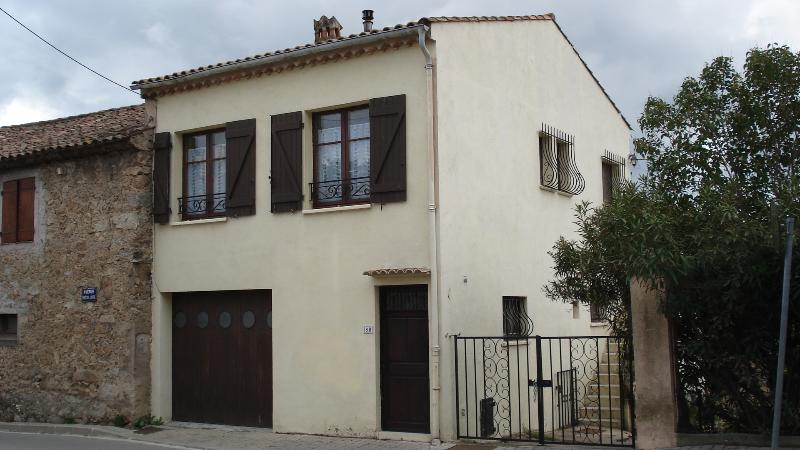 Traditional french house, holiday rental in Plan de la Tour