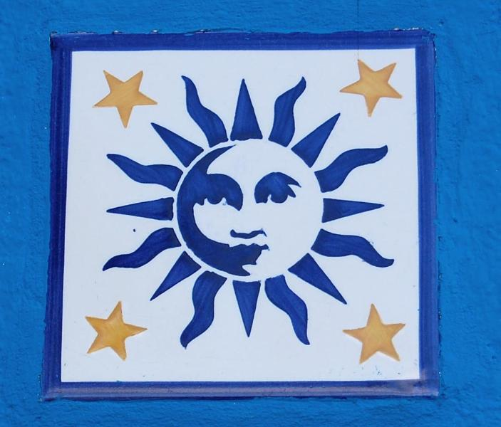 The sun, Sol in portuguese -  logo for the house