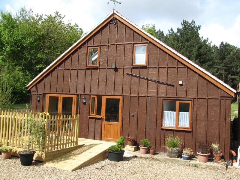Deerewood Cottage, with slope to front door