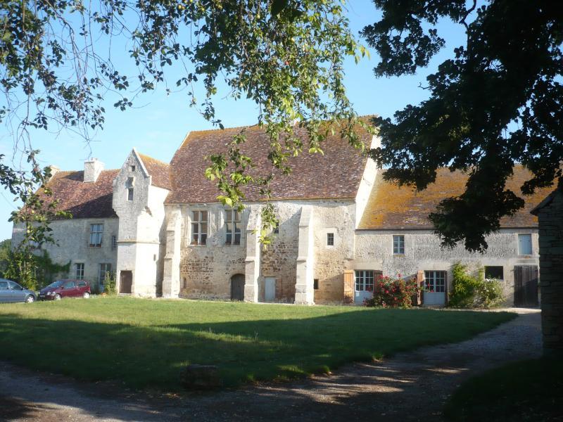 manoir de la baronnie, vacation rental in Fontenai-sur-Orne