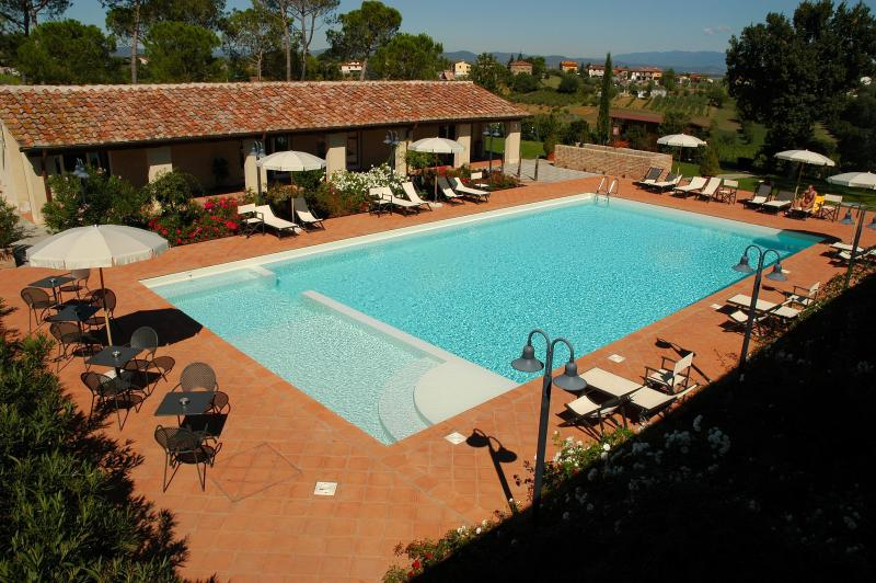 Agriturismo S.Angelo, vacation rental in Castroncello