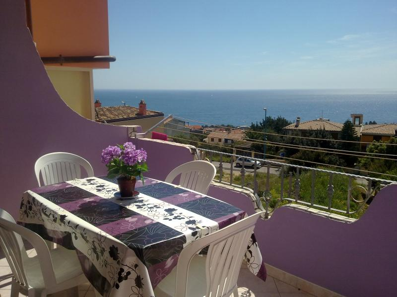 SEA VIEW APARTMENT IN CALA GONONE, vacation rental in Dorgali