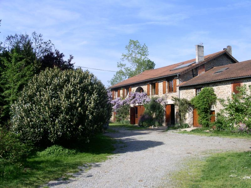 la ferme de leychoisier, vacation rental in Rilhac-Rancon