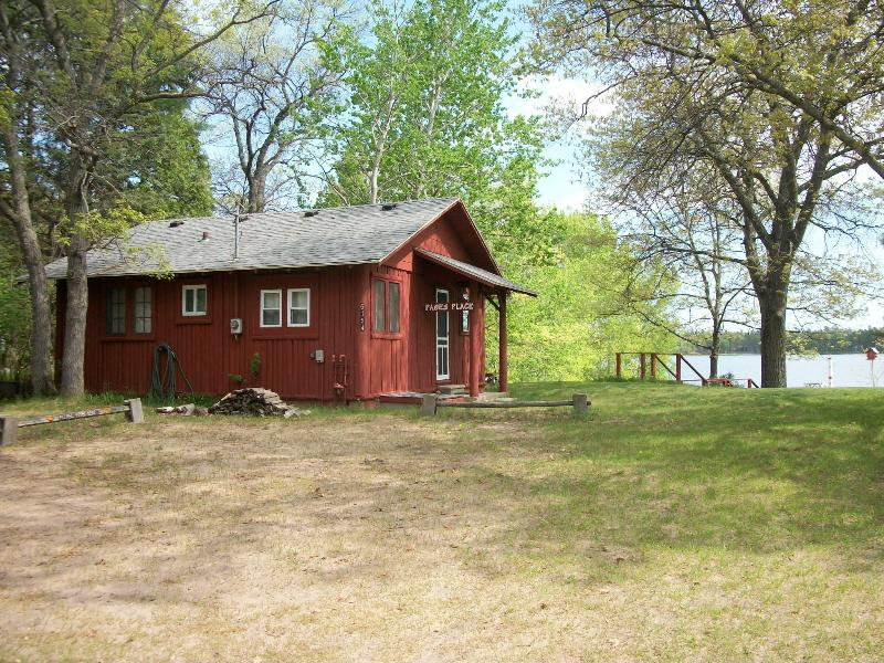 cabin as seen from the driveway