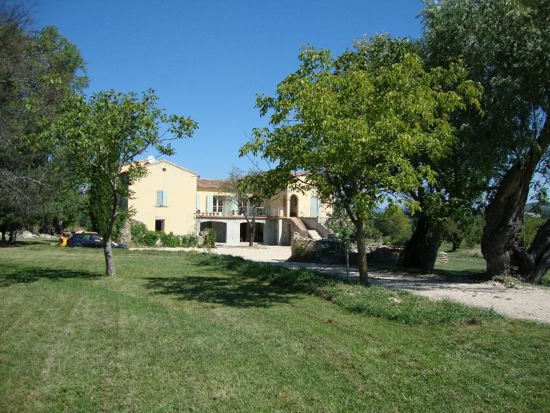 Le Mas de Maupas, self catering holiday rental, holiday rental in Saint-Pierre de Vassols
