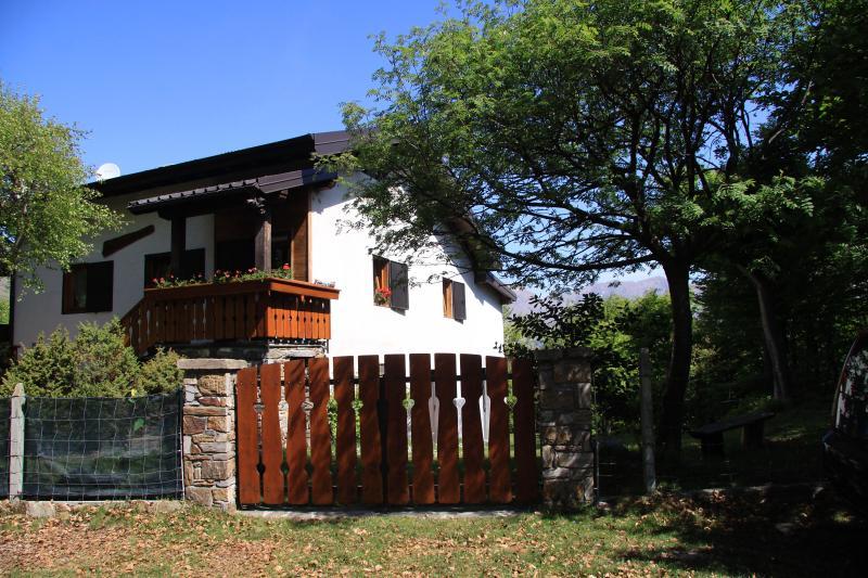 la baita del bosco, holiday rental in Cavargna