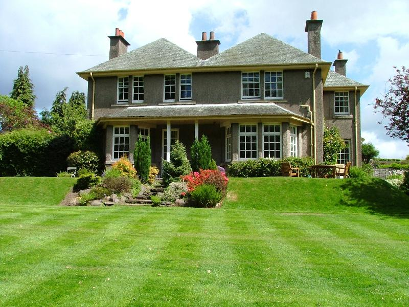 Set within a beautiful gardens, Newholme House is a luxurious and spacious 6 bedroom home that has p