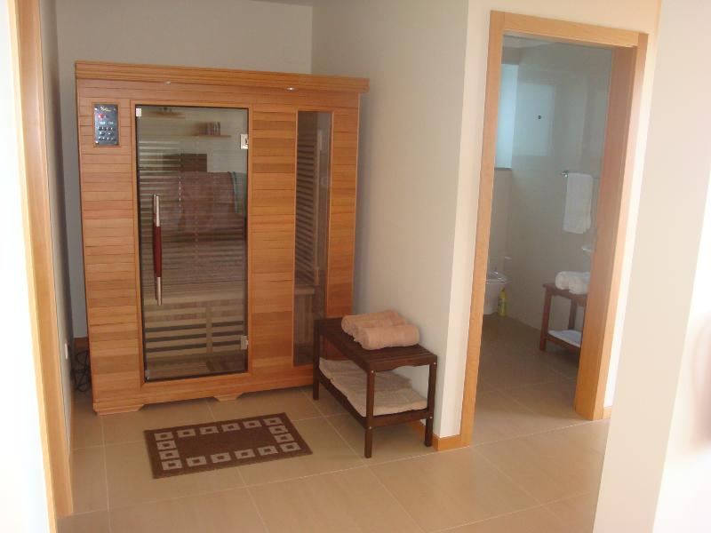 Sauna and entry to Bathroom 3