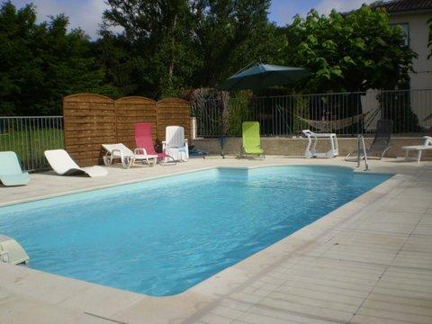 Gites La Rivière  accès handicap  Périgord Pourpre, location de vacances à Ville de Bergerac