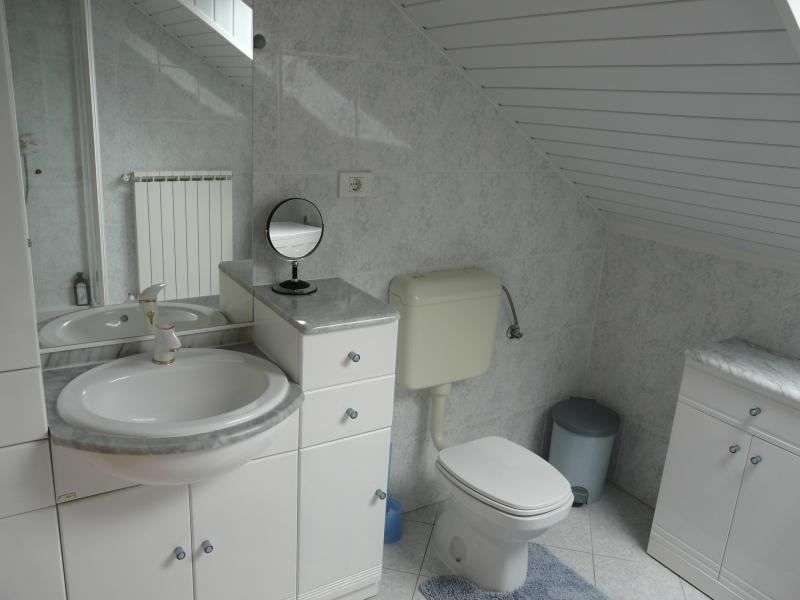 Top Floor Family Bathroom